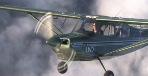 "The University of North Dakota (UND) Flying Team took second with a score of 355, only four points behind the winner, out of 28 schools at the National Intercollegiate Flying Association's (NIFA's) Safety and Flight Evaluation Conference (SAFECON) recently. This SAFECON was hosted by The Ohio State University in Columbus Ohio. It was the tightest first-to-second place score spread in the competition's history.  ""The team was strong and one of the most cohesive in years,"